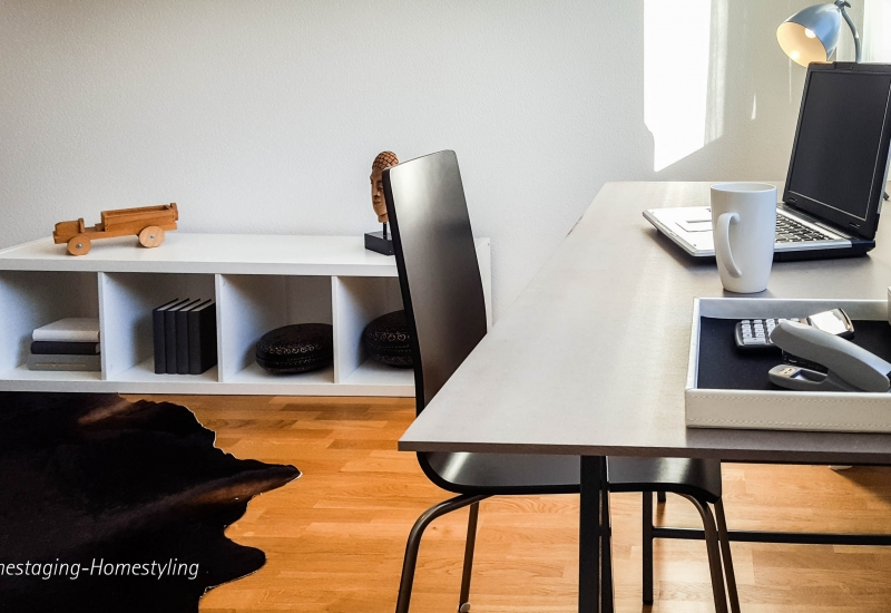 Arbeitszimmer by Kyburz Home Staging